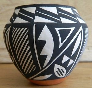 Debbie Brown Acoma Pot